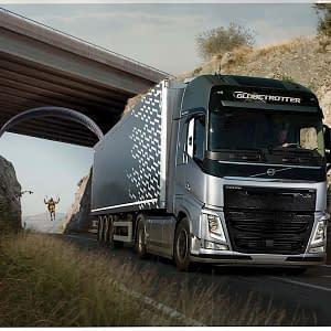 """Naujame """"Volvo Trucks"""" bandyme atskleidžiamos unikalios sunkvežimio jėgos agregatų savybės"""